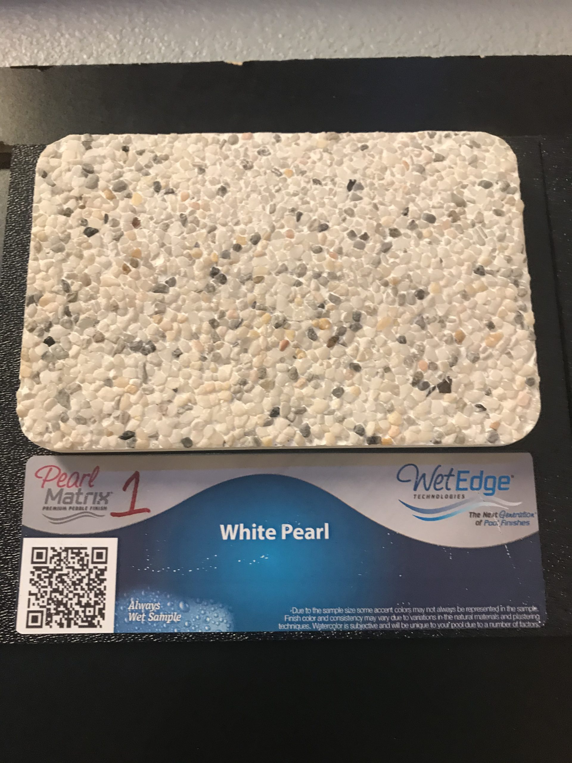 White Pearl Wet Edge